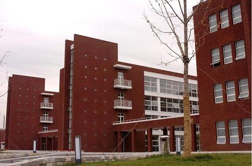 武汉市蔡甸区卫生学校